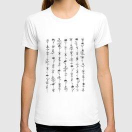 String of Flowers Art Print (B+W) T-shirt