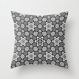 Polygon Flowers - Color: Black&White Throw Pillow