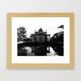 El Parc del Laberint d'horra Framed Art Print