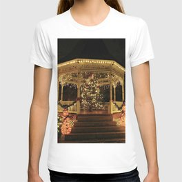 Gazebo Dressed for Christmas T-shirt