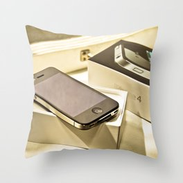 iPhone 4 Throw Pillow