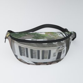 White Clapboard House - Colonial Williamsburg Fanny Pack