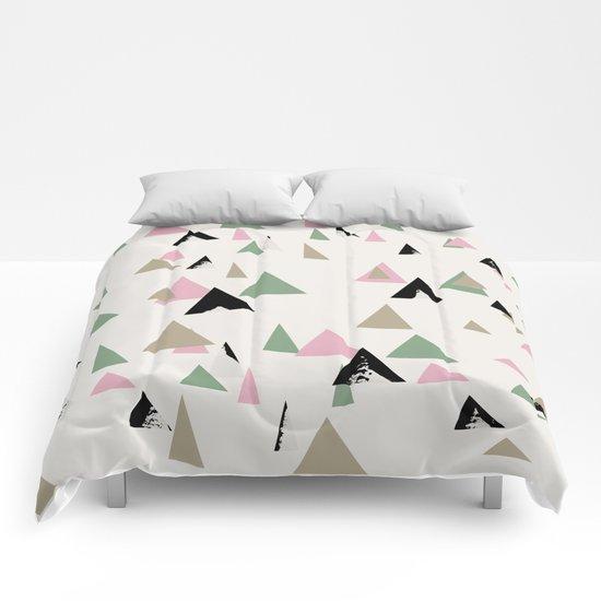 MTriangle Comforters