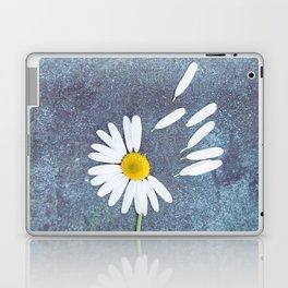 Daisy III Laptop & iPad Skin