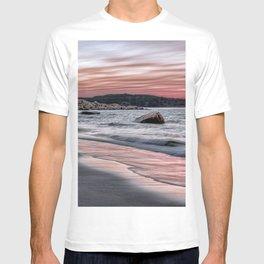 Pink Sunset on the beach T-shirt