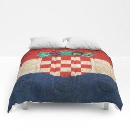 Old and Worn Distressed Vintage Flag of Croatia Comforters