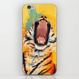Wild Yawn - Tiger portrait iPhone Skin