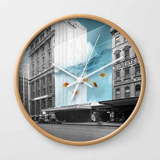 between the walls Wall Clock