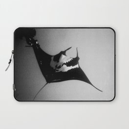Evading Devil Fish Laptop Sleeve