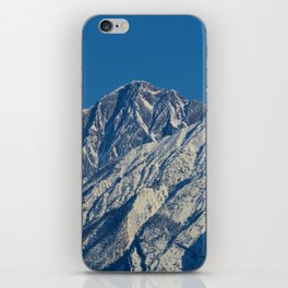 Fresh snow on the mountains of Jasper National Park iPhone Skin