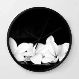 Singapore White Plumeria Flowers the Fragrance of Hawaii Wall Clock