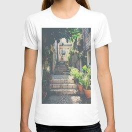 the prettiest of stairs ... T-shirt