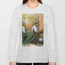 Opposites new and old in the garden Long Sleeve T-shirt