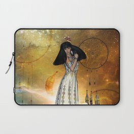 Beautiful amarican indian with dreamcatcher Laptop Sleeve