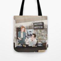 stiles stilinski Tote Bags featuring Teen Wolf X-Files AU (Stiles Stilinski & Lydia Martin) by vulcains