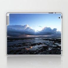 Storm warning Laptop & iPad Skin