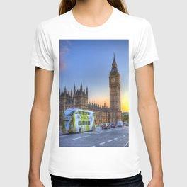 Westminster Bridge Early Evening T-shirt