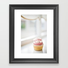 cupcake... Framed Art Print