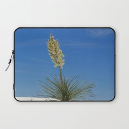 Living In The White Sand Dunes Laptop Sleeve