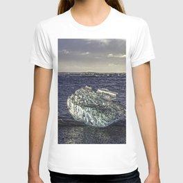 Jokulsarlon Lagoon Beach 02 T-shirt