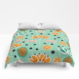 Summer flowers in mint Comforters