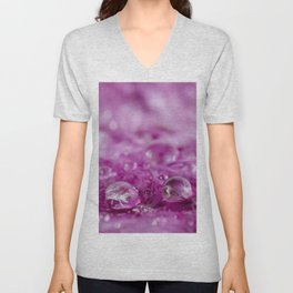 Drops in feathers Unisex V-Neck