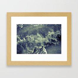 splash de résistance Framed Art Print