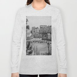 Tenby Harbour. Black+White. Reflection. Long Sleeve T-shirt