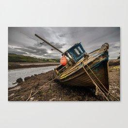 Ship wrecked Canvas Print