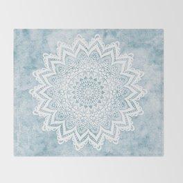 LIGHT BLUE MANDALA SAVANAH Throw Blanket
