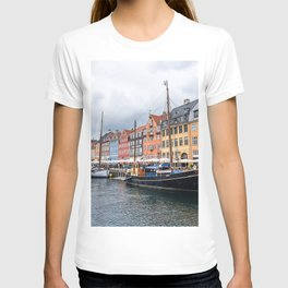 Nyhavn waterfront in Copenhagen T-shirt