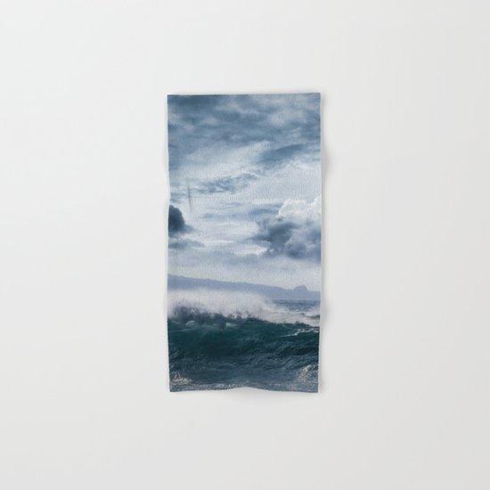 He inoa wehi no Hookipa  Pacific Ocean Stormy Sea Hand & Bath Towel