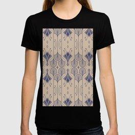 Lily Lake - Retro Floral Pattern Beige Indigo Blue T-shirt