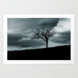 Alone tree before the storm Art Print