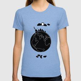 Little cute noir world :) T-shirt
