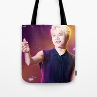 kpop Tote Bags featuring Woohyun by Nikittysan