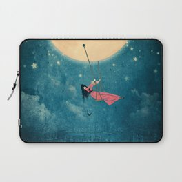 While the city sleeps... Laptop Sleeve