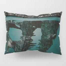 Mystere island Pillow Sham