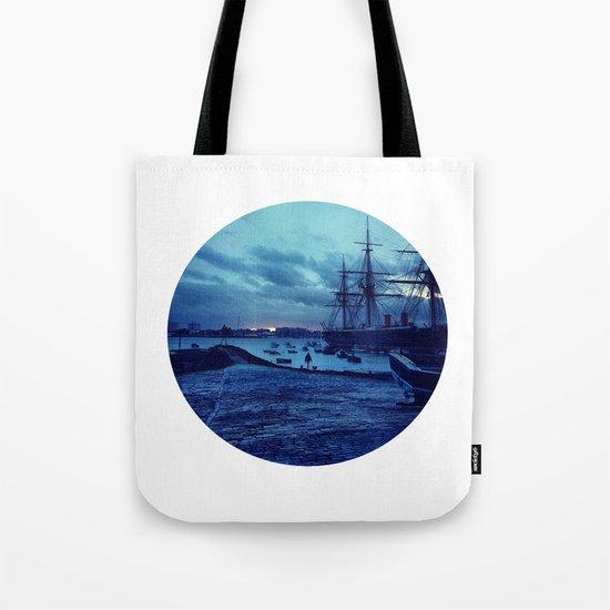 Telescope 3 harbour twilight Tote Bag