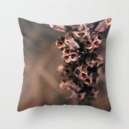 Dry live Throw Pillow