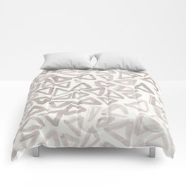 Neutral Grey Triangle Pattern Comforters