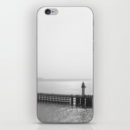 Port de Calais iPhone Skin