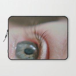 Macro // Blue eyes II Laptop Sleeve
