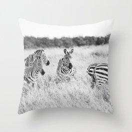 independent::kenya  Throw Pillow