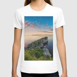 Kinebane castle,Ireland,Northern Ireland,Antrim coast T-shirt