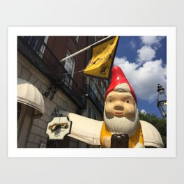 Gnome at Cheers in Boston on Beacon Street (Bull and Finch Pub) Art Print