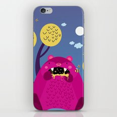 The bear and the bees iPhone & iPod Skin