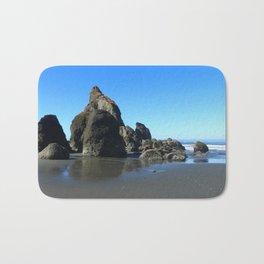 Sea Stacks Of Ruby Beach Bath Mat