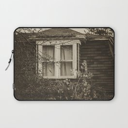 The Historic Hyde Home, Almont, North Dakota Laptop Sleeve