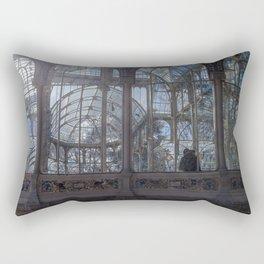 Pareja en el palacio de cristal Rectangular Pillow
